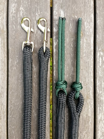 Split reins with permanent snaps and rope poppers