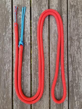 Ledrep med fyrflätstofs och repsnärt - 14 mm, 3 m, Röd