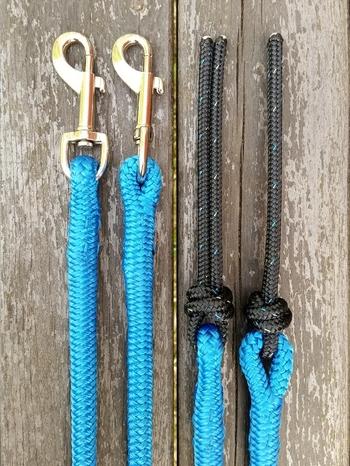 Delade tyglar med permanenta pistolhakar och repsnärtar - 10 mm, 2 x 2,20 m, Blå